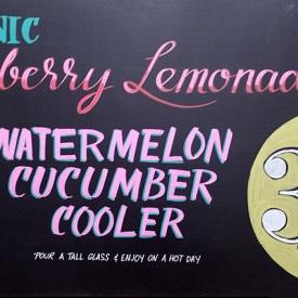 handpainted-sign-strawberry-lemonade-optimized