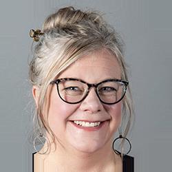 Elizabeth DeNoma, Publishing Consultant and Translator at DeNoma Literary Services.